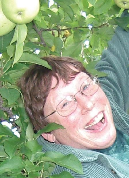 AppleSue.indd
